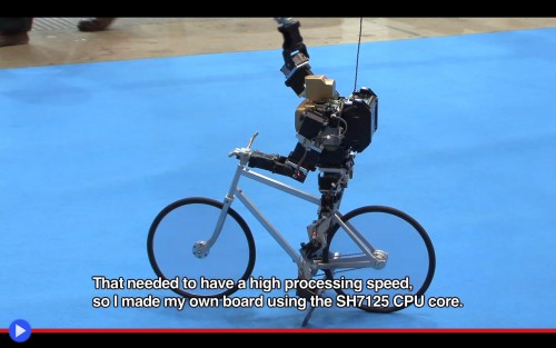 Bycicling robot